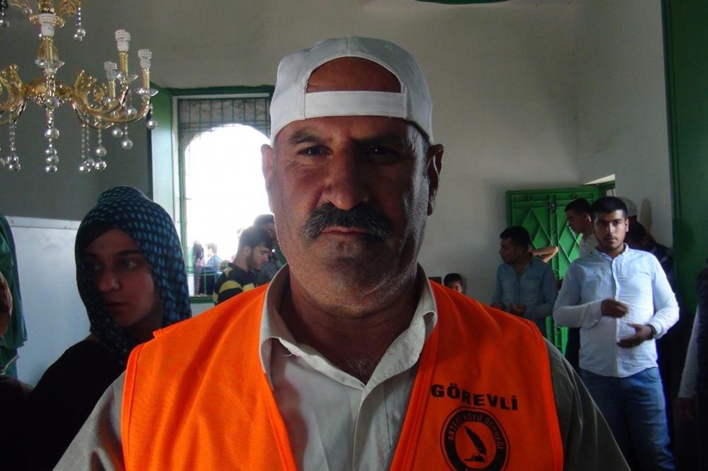 Şeyh Abdurrahman Aktepe'nin türbesine ziyaretçi akını 9