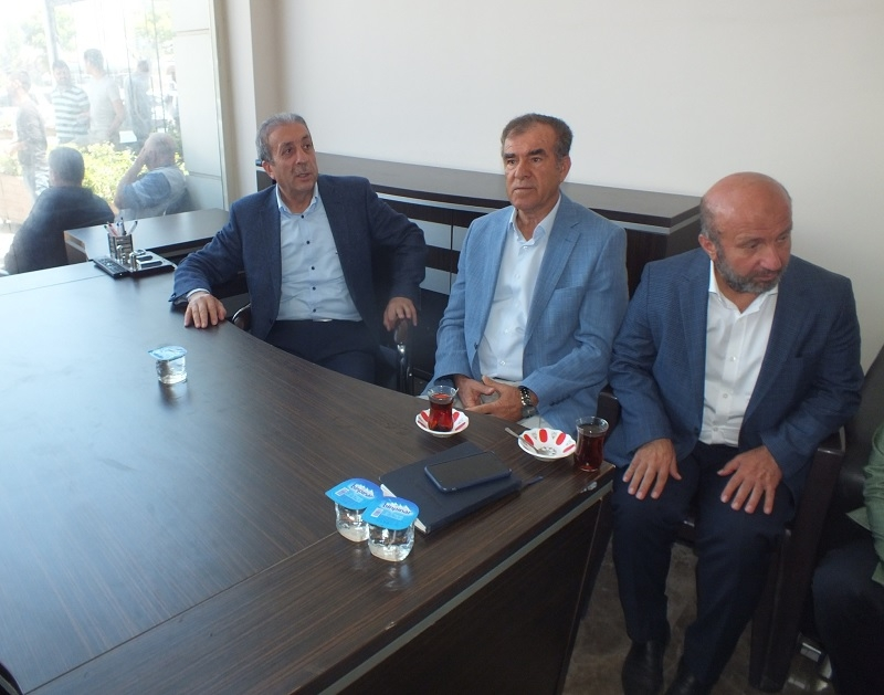 AK Parti Genel Başkan Yardımcısı Mehdi Eker, Bismil İlçesini Ziyaret Ett 1