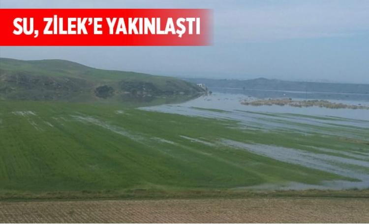 Bismil'de sular altında kalan köyler yukardan görüntülendi. 12