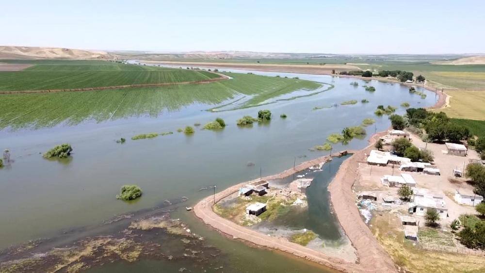 Bismil'de sular altında kalan köyler yukardan görüntülendi. 4