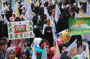 Bağımsız Aday Yapıcıoğlu Bismil'de Ak Parti ve HDP'ye yüklendi.