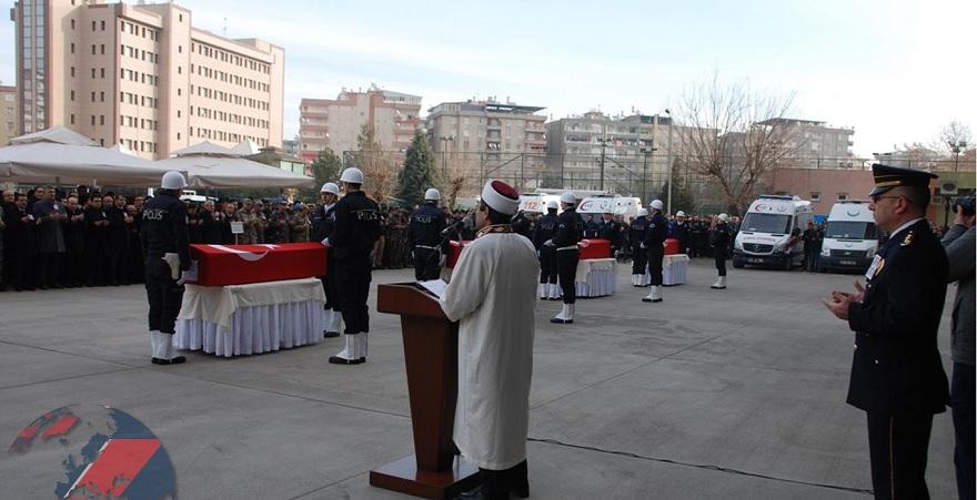 Saldırıda hayatını kaybeden polisler için tören düzenlendi