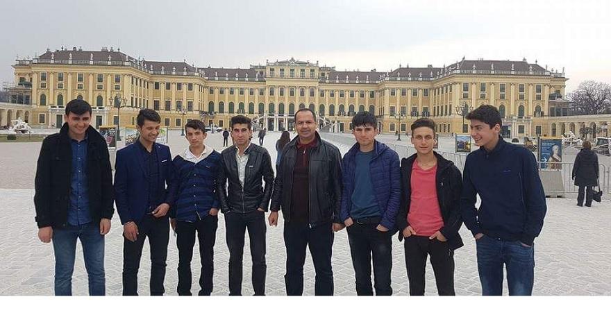Öğrenciler Avrupa'ya Gitti