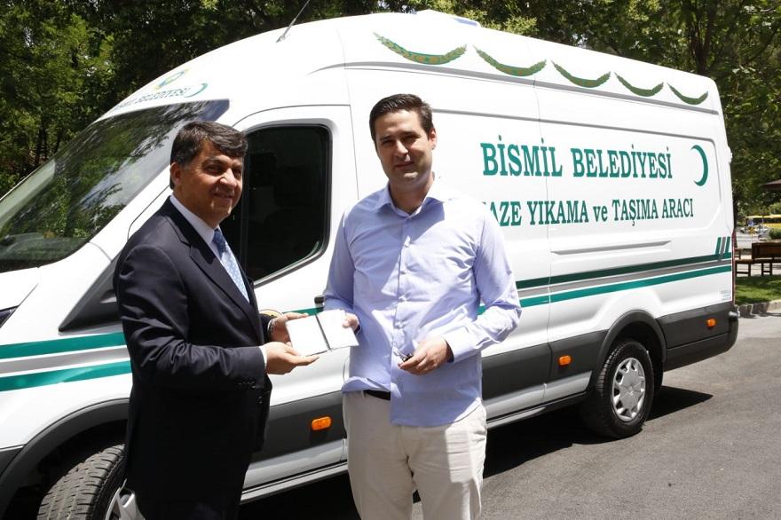 Bismil'e Kardeş Belediyeden Cenaze Arabası