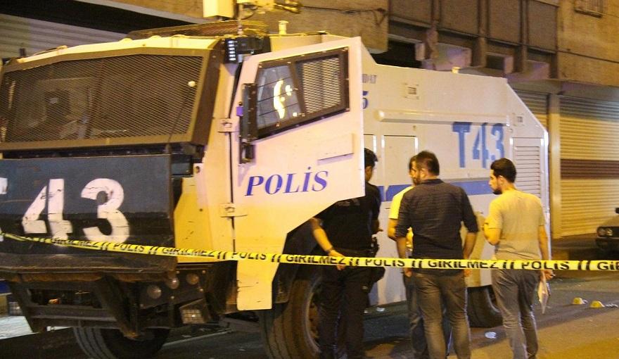Diyarbakır'da TOMA'ya bombalı saldırı