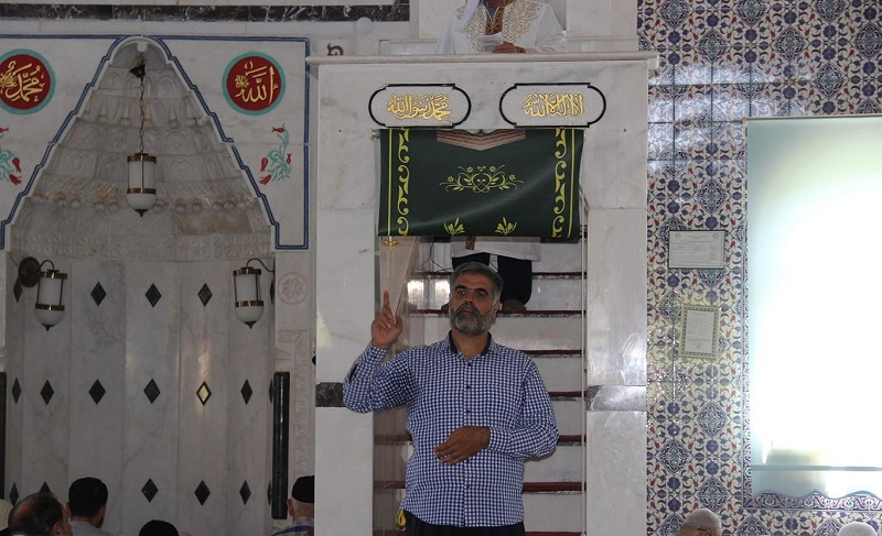 Cuma hutbesinde işaret diliyle kurban ibadeti anlatıldı