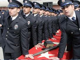 2012'de 12 bin 400 polis alınacak