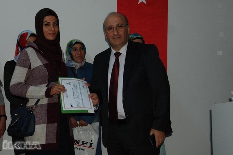 Kadın girişimcilere sertifikaları verildi