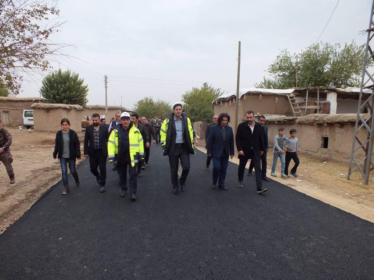 """""""Yollarımız sıcak asfalta kavuşması Hayaldi, Gerçek oldu"""""""