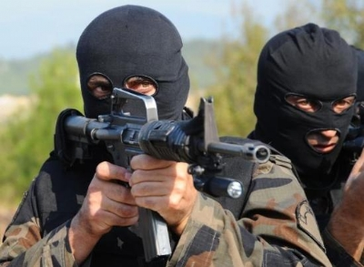 Halı Sahada Polislere Saldırı