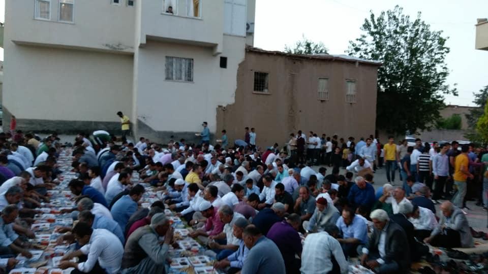 Bismil'de Seyda Molla İbrahim'in  Geleneksel İftar Yemeği