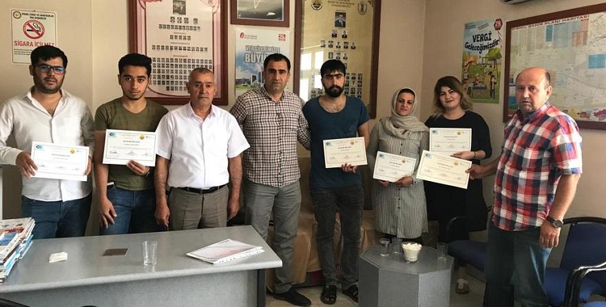 Bismil'de Girişimci Adaylarına Sertifikaları Verildi