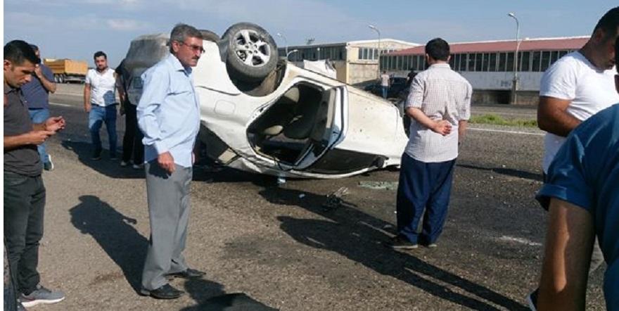 Sınava giden öğretmenler kaza yaptı