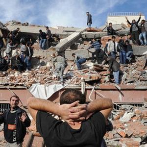 Van'da Korkutan Bir Deprem Daha