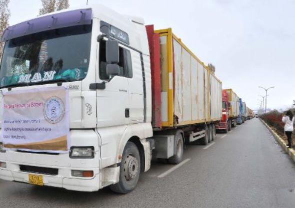 Barzani'nin yardım konvoyu Van'a ulaştı