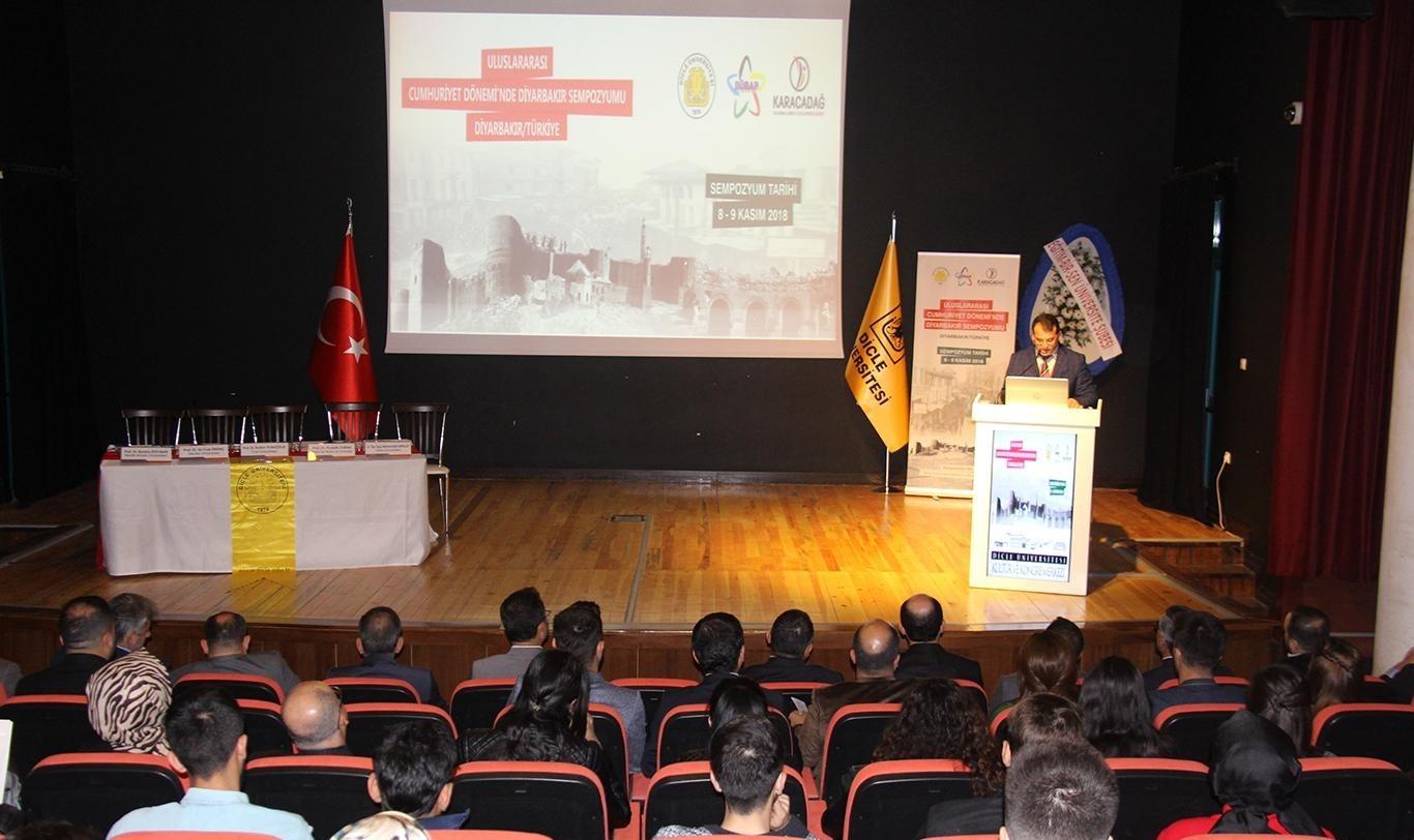 """""""Diyarbakır çeşitli anıtlarıyla müze şehir özelliği taşımaktadır"""""""