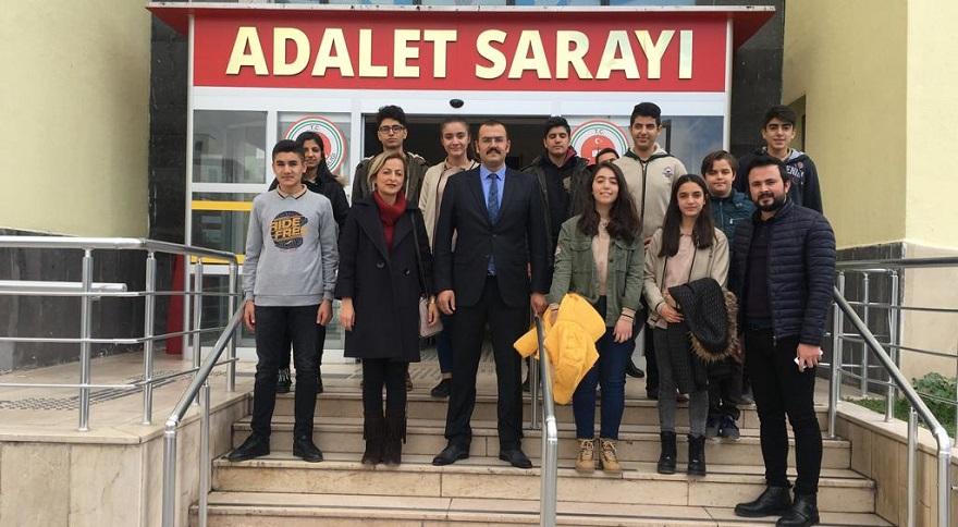 Geleceğin Avukatları Hakim ve Savcı Adayları Bismil Adliyesini Ziyaret Etti
