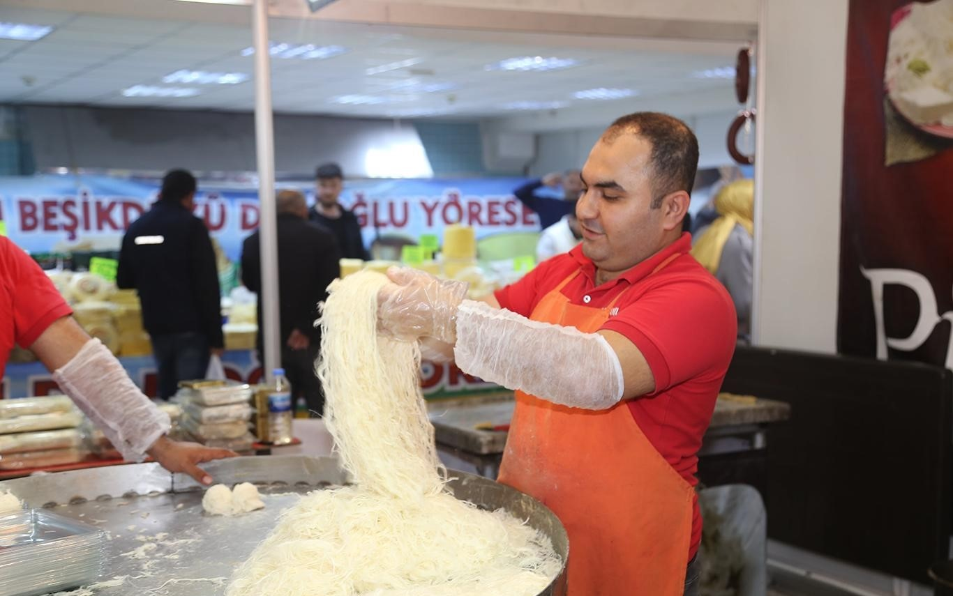 Yöresel lezzet ustaları Diyarbakır'da buluştu