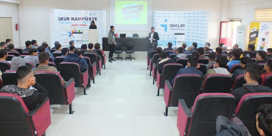 Bismil Meslek Yeksekokulu'nda İŞKUR kampüste etkinliği düzenlendi