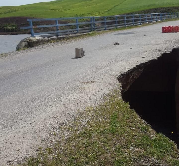 Bismil'de Yoğun Yağışlar Nedeni ile Köprü Çöktü
