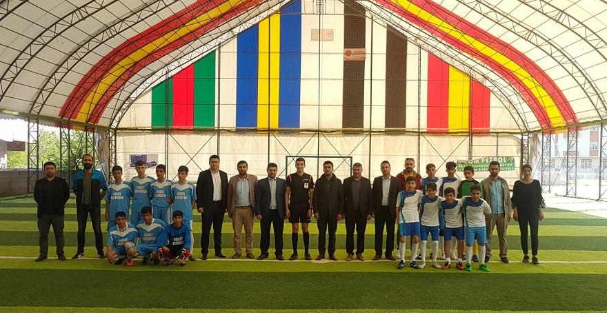Bismil Genç Memur-Sen ile Bismil İmam Hatip Der, Ortaokullar Arası Futbol Turnuvası Düzenledi.