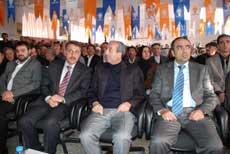 Bakan Eker, Diyarbakır'da gündemi değerlendirdi