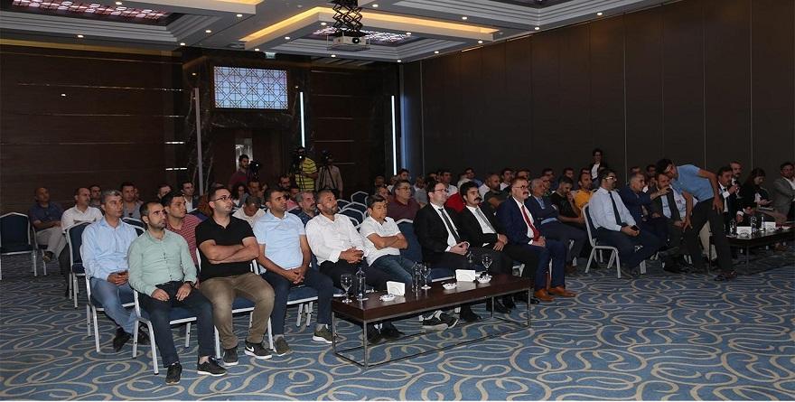 """Diyarbakır'da """"Güvenlik ve Medya Çalıştayı"""" düzenlendi"""