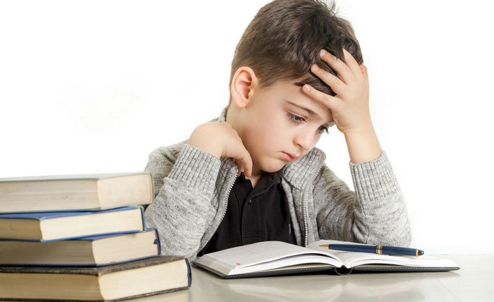 """""""Çocuğum bilerek okumuyor"""" diye düşünmek tanıyı geciktiriyor"""
