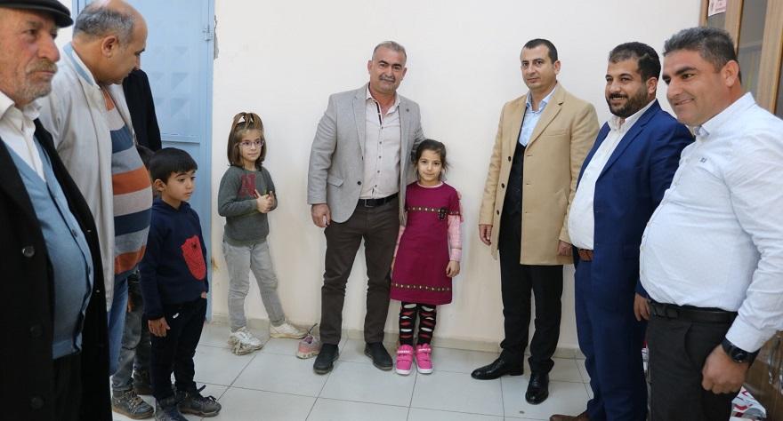 Bismil'de 300 öğrenciye kışlık giyim yardımı yapıldı