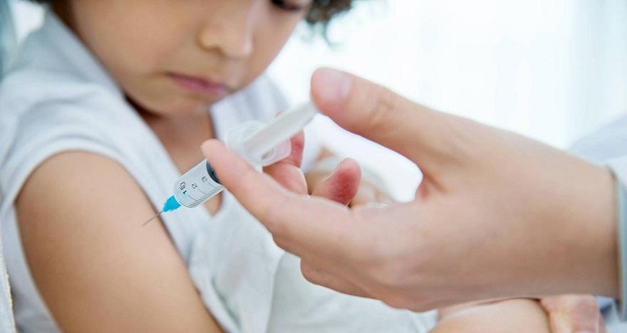 """""""Aşı ebeveynlerin sorumluluğu, çocukların ise hakkıdır"""""""