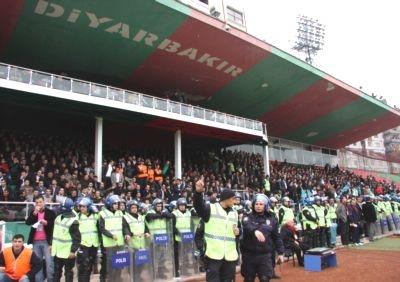 Diyarbakır'da Stat Krizi Büyüyor