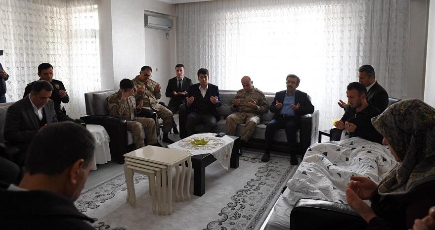 Bismil'deki Yaralı Askere Ziyaret