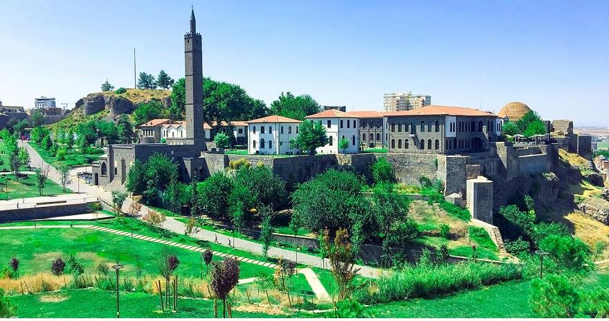 Diyarbakır'ın fethinin 1381'inci yıl dönümü