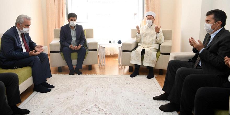 Diyanet İşleri Başkanı Erbaş'tan Barış'ın ailesine taziye