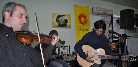 Bismil Belediyesi Aram Tigran Kültür ve Sanat Merkezinde Hivron Konseri