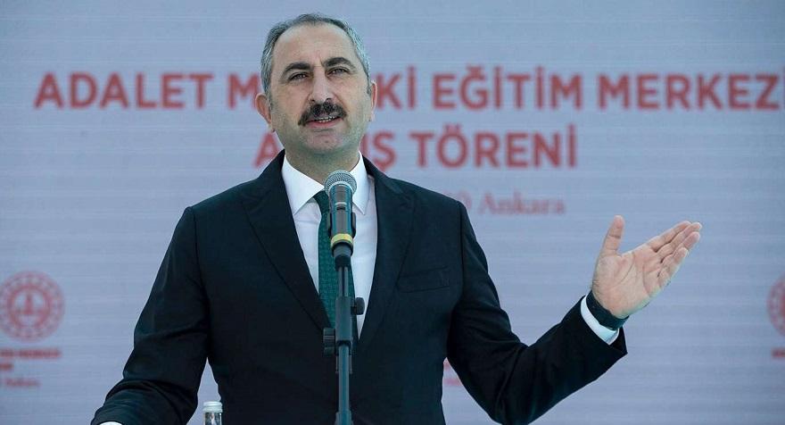 Adalet Bakanı Gül'den Norveç'te Kur'an-ı Kerim' e yapılan saygısızlığa tepki