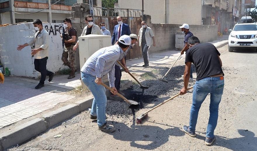Bismil belediyesi yol yama ve tamir çalışmaları devam ediyor