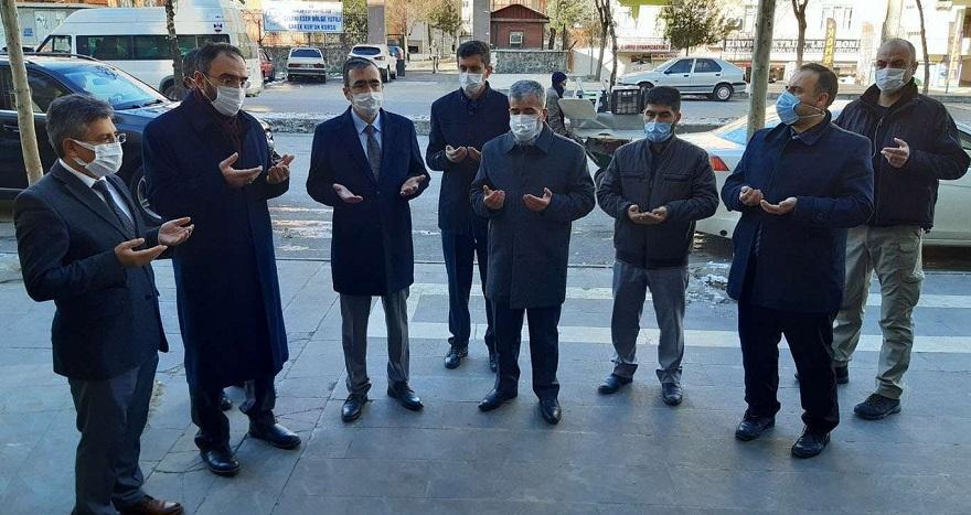 Diyarbakır'da ihtiyaç sahiplerinin faydalanacağı 'Hayır Çarşıları' açılmaya devam ediyor