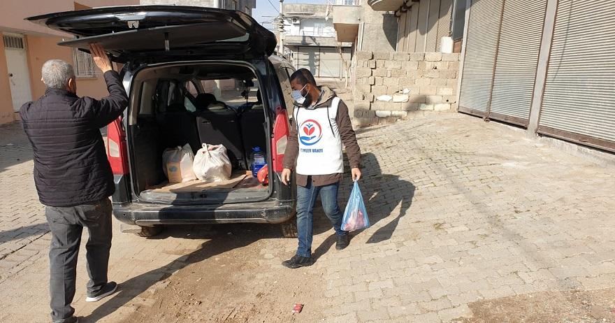 Yetimler Vakfı Bismil'de 27 Yetim aileye gıda yardımı Yaptı