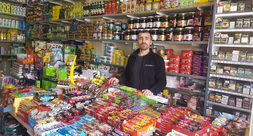 Zincir marketler küçük esnafın belini büküyor