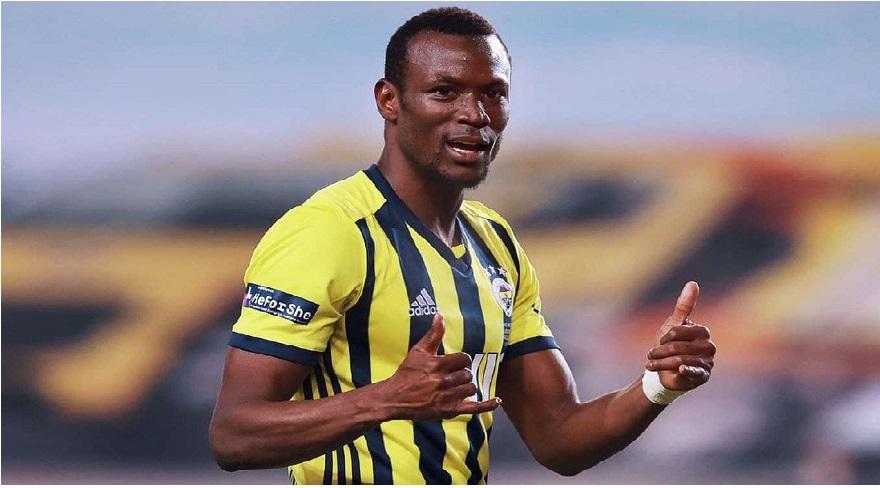 Fenerbahçeli Mame Thiam Diyarbakır'da okul yeniletti
