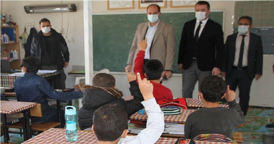 Kaymakam Türkmen, Çöltepe 'de Öğrencilerin Heyecanına Ortak Oldu