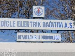 Diyarbakır Merkez ve 100'den Fazla Köyde Elektrik Yok