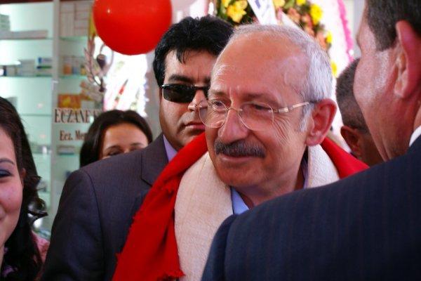 Uludere'de CHP Konvoyu Kaza Yaptı
