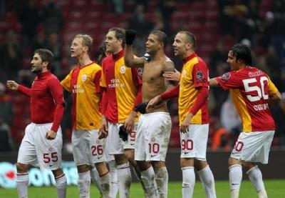 Galatasaray Rekora Koştu