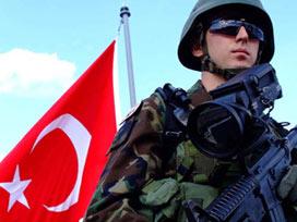 Türkiye'nin toplam kaç askeri var?