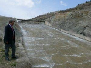 Barajlar doldu taştı, fazla su tahliye ediliyor