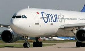 Pilot uçaktan düşüp, öldü
