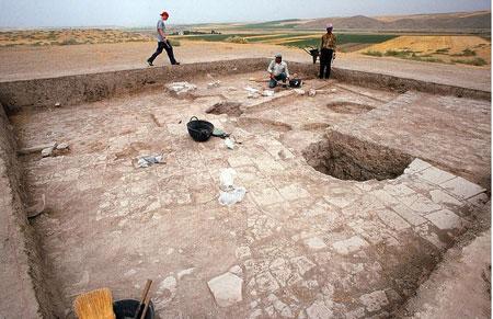 Bismil'de 2 bin 500 yıllık dil keşfedildi