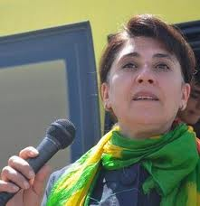 Leyla Zana'ya 10 Yıl Hapis Şoku!